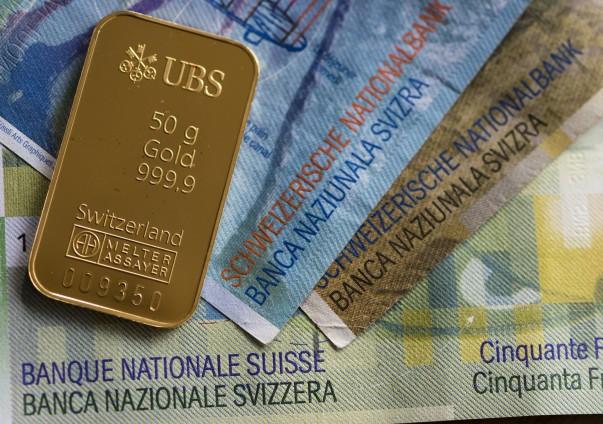 suiza_lingote_billetes.jpg