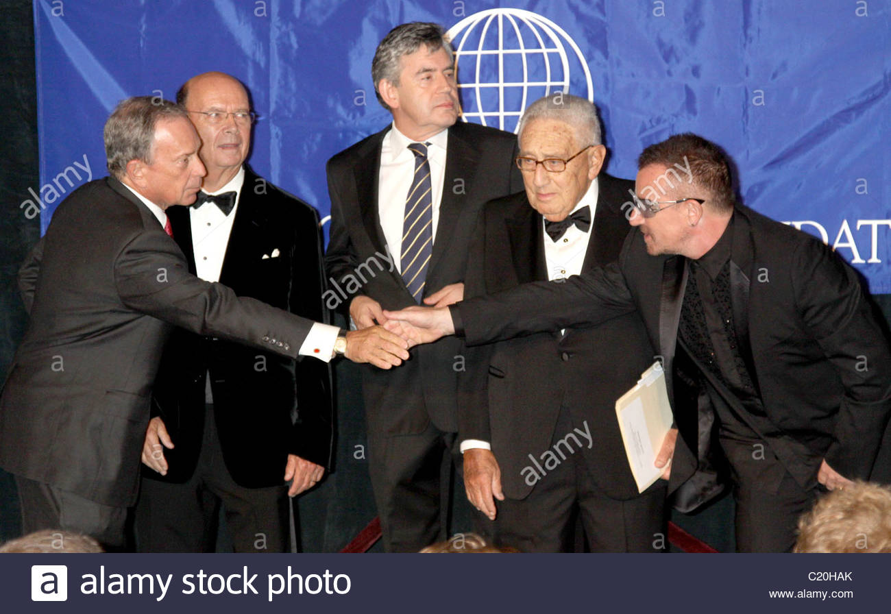 mayor-bloomberg-wilbur-l-ross-jrgordon-browndr-kissinger-and-bono-C20HAK